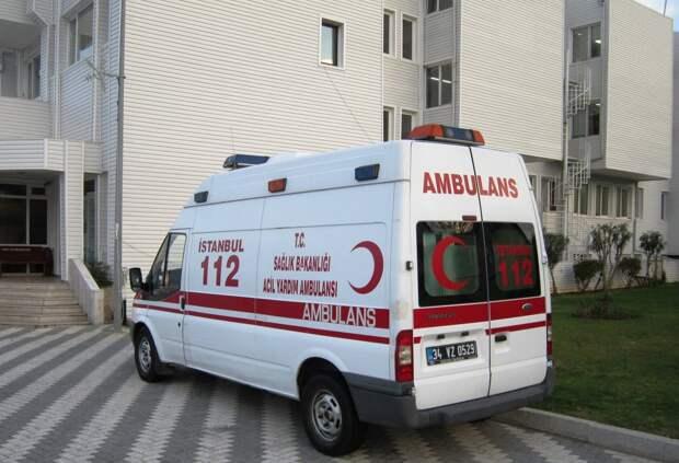 В турецкой больнице 8 человек погибли в результате взрыва в отделении для ковид-больных