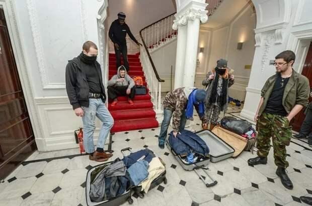 Купили недвижимость в Европе? Тогда они идут к вам! Жуткое засилье сквоттеров в Европе Европа, Абсурд, Толерантность, Жесть, Длиннопост