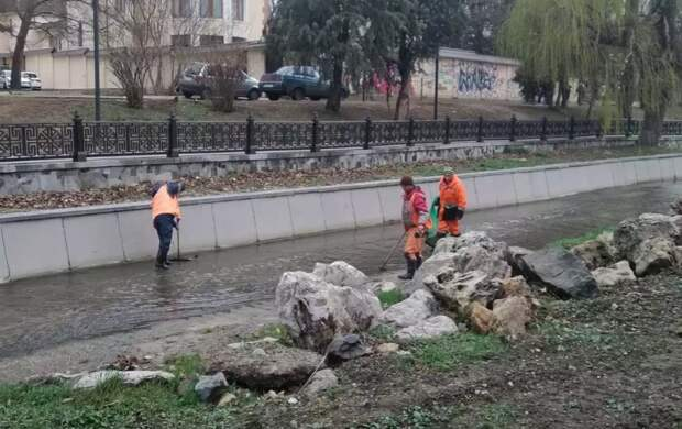Аксенов хочет подать симферопольцам отравленную воду