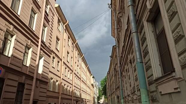 Кратковременные дожди и грозы ожидаются в Санкт-Петербурге
