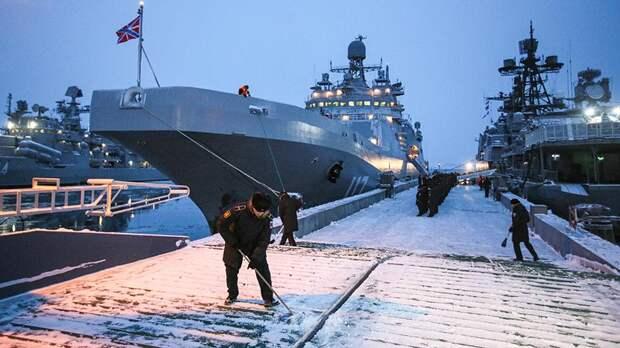 Северный флот отрабатывает применение истребителей в Арктике