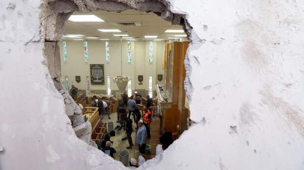 ВВС Израиля наносят удар по военным целям в секторе Газа