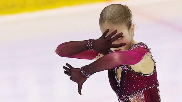 Тренер: «На тренировках Трусова красиво скользит, но когда в программе столько четверных прыжков, все исчезает»