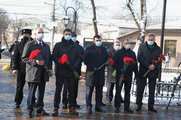 Константинов с друзьями нарушил запрет Аксенова на массовые мероприятия