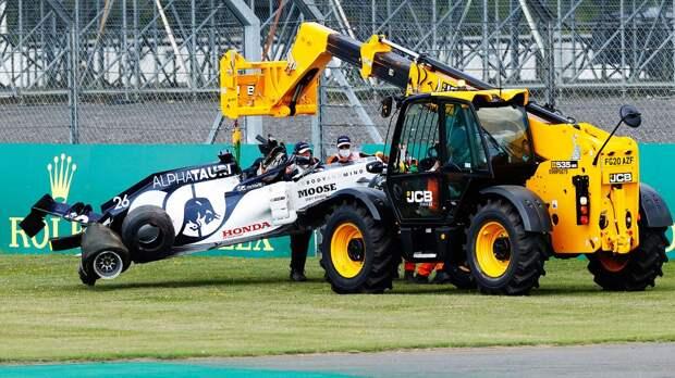 Квят разбил болид в гонке Гран-при Великобритании Формулы-1: видео