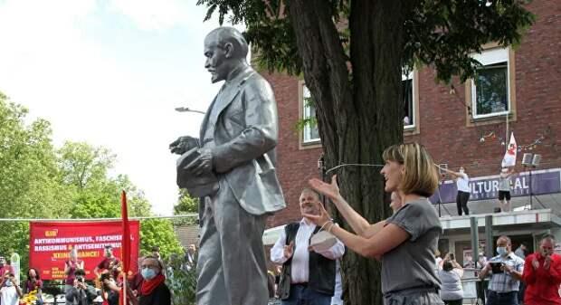 В Германии установили памятник Ленину