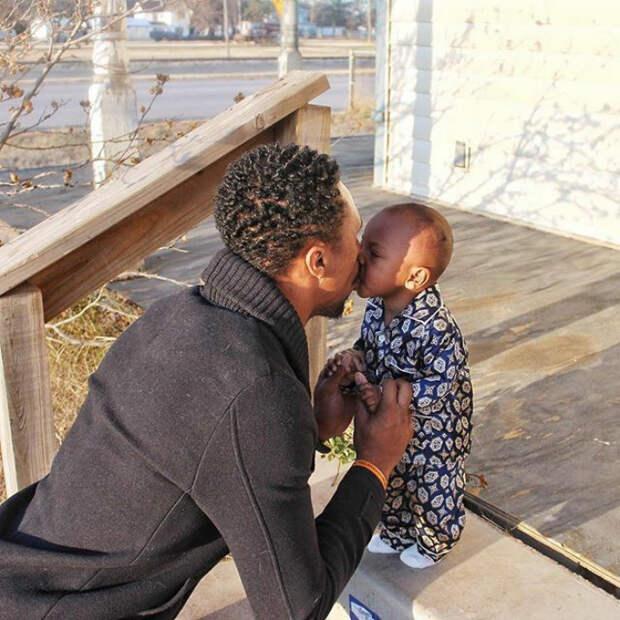Так трудно прощаться на целый день! Любовь, дети, младенцы, нежность, отцы, отцы и дети, родители, фото