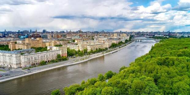 Собянин рассказал об украшении города живыми цветами. Фото: М. Денисов mos.ru