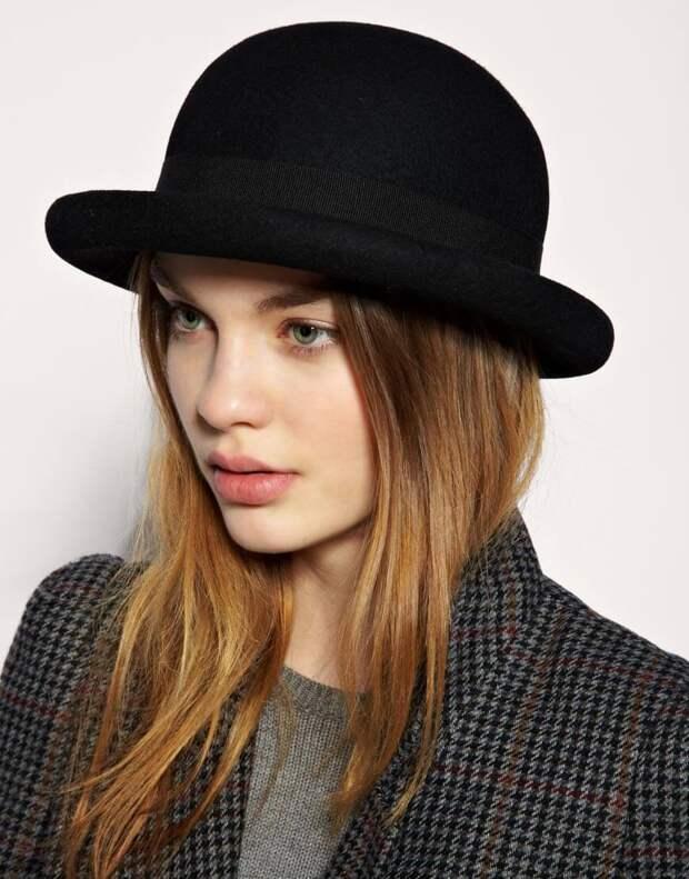 Женская фетровая шляпа в виде котелка
