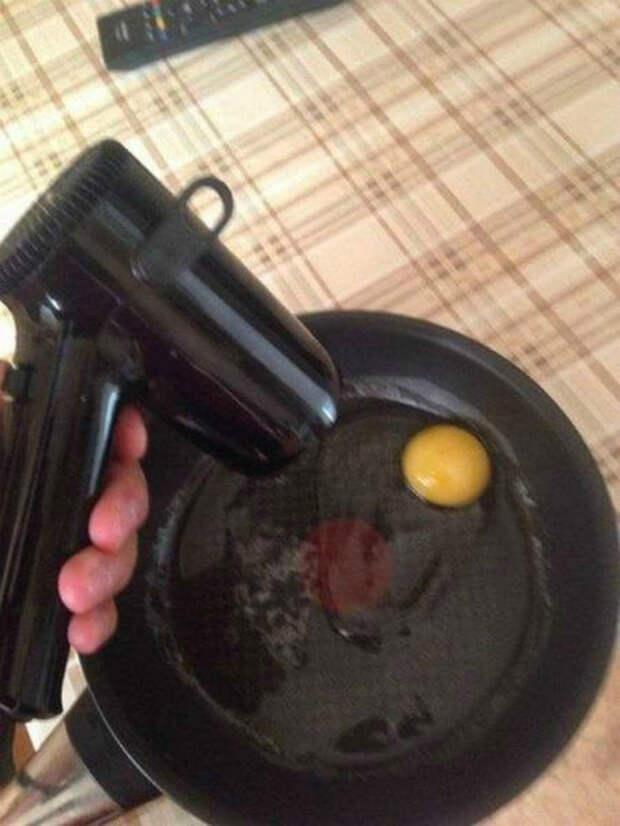 Альтернативный способ приготовления яичницы. | Фото: Телеграф.