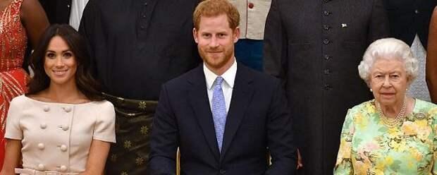 Елизавета II увидела новорожденную дочь принца Гарри и Меган Маркл