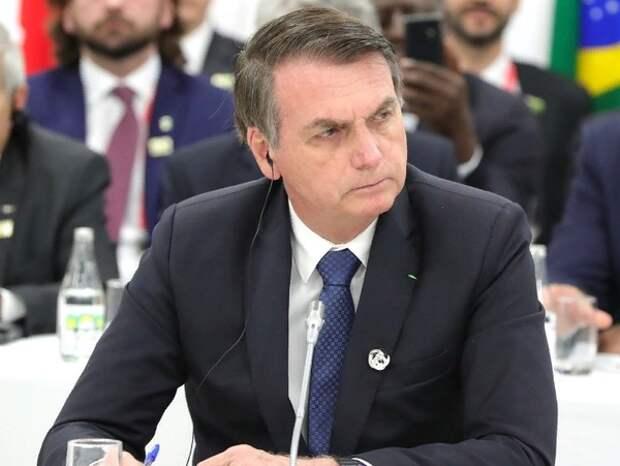 Суд в Бразилии разрешил расследование против президента страны