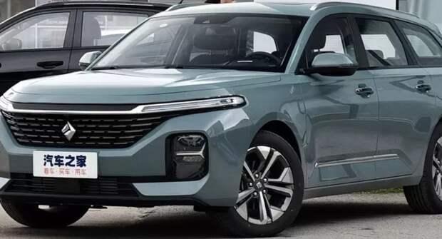 Дешевле Skoda Octavia: GM-SAIC начал продажи универсала Baojun Valli