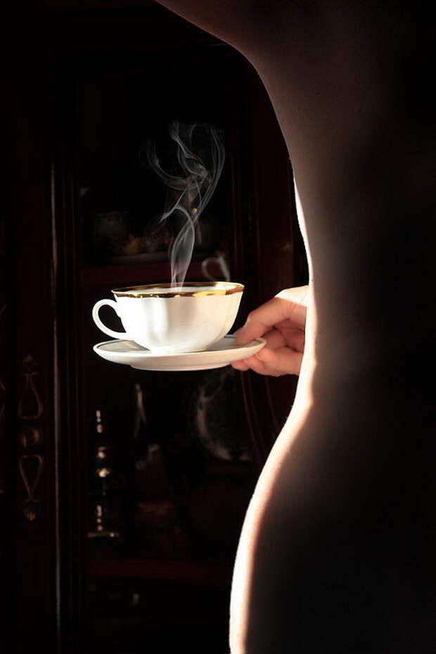 На рассвете блед сливки с кофе