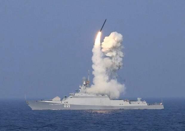 Каспийская флотилия пришла на учения в Черное море