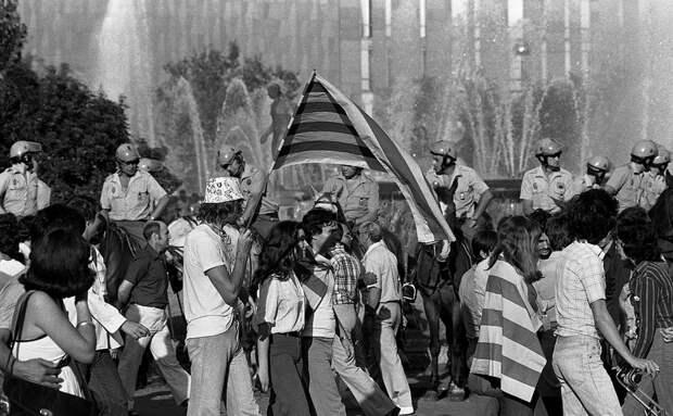 Первое открытое празднование Диады в Каталонии, сентябрь 1977 года - Каталония: сепаратизм под сенью эстелады | Военно-исторический портал Warspot.ru