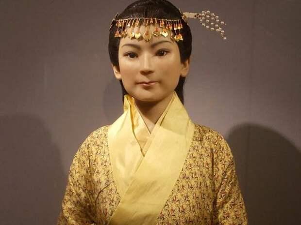 2100-летняя мумия с кровью в венах: тайна китайской матроны Леди Дай