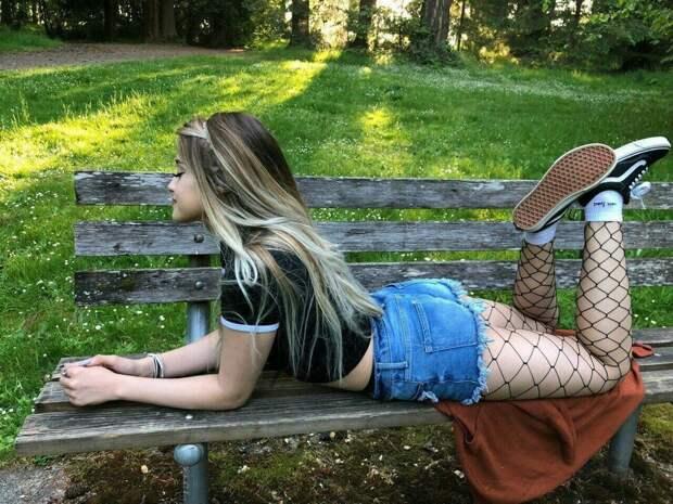 Порочные девушки из социальных сетей
