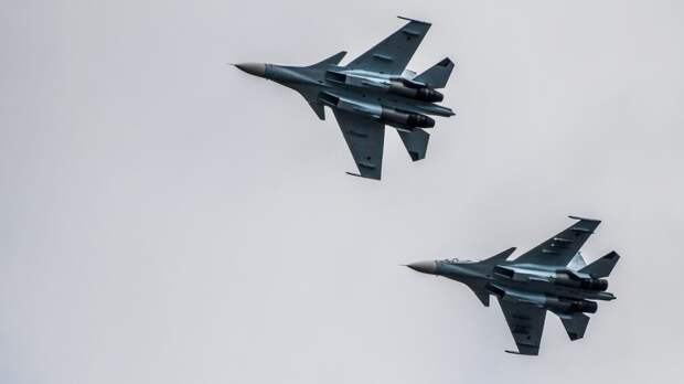 Комплект выживания военных летчиков РФ расширят за счет стрелкового оружия