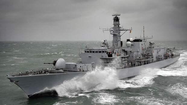 Баранец рассказал, чем закончится вояж британских военных кораблей в Черное море