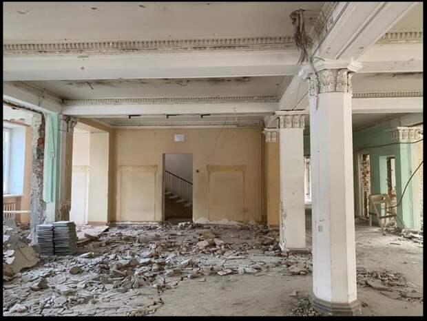 Фото дня: капитальный ремонт поликлиники в Чапаевском переулке