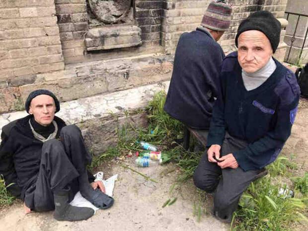 Крах украинской психиатрии: больных выбрасывают на кладбища