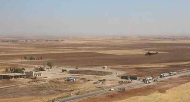 Провокация США в Сирии: американские вертолеты сделали заход на российскую колонну