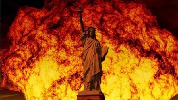 Американцы заявили о саморазрушении США