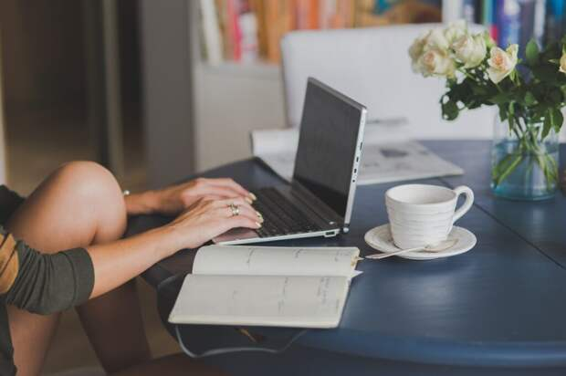 Что делать, если пролили воду на ноутбук?