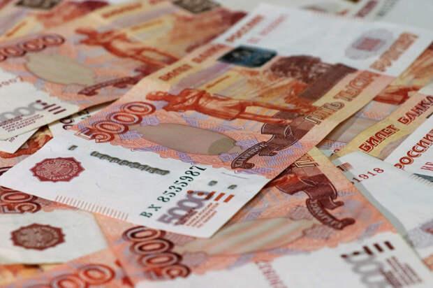 Исследование: медианные зарплаты в России выросли на 9,2%