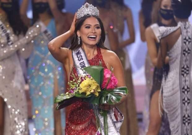 Знойная красавица: жительница Мексики выиграла корону «Мисс Вселенной»