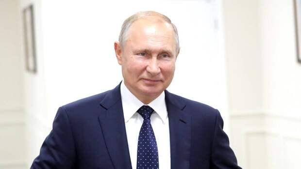 Торт с изображением Путина покорил подписчиков американской журналистки Гэмбл