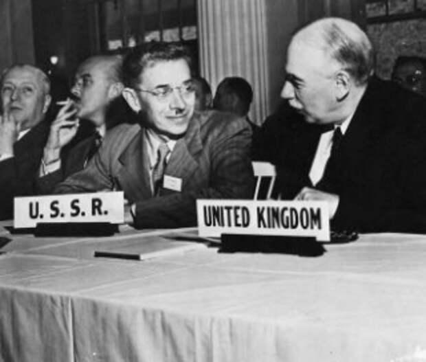 Война и МВФ: как американцы монетизировали победу над фашизмом