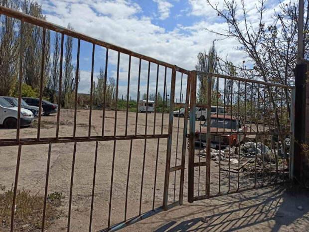 Жители ТОС «Сосновый бор» просят врио губернатора Севастополя открыть дорогу к школе
