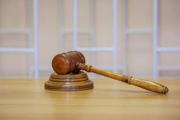 Экс-полицейскому в Приангарье, получившему взятку, изменили условный срок на реальный