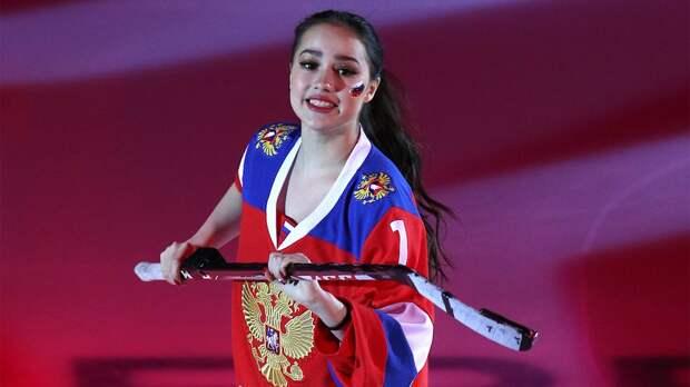 Русские хоккеисты не оправдали надежд Загитовой. Она просила их победить Канаду на ЮЧМ-2021: видео