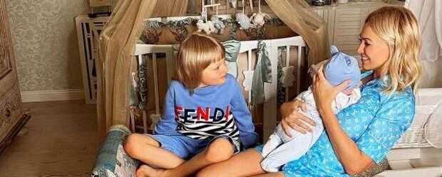 У 8-месячного сына Рудковской и Плющенко появился своей аккаунт в Instagram