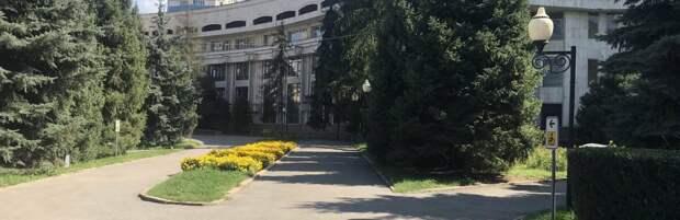 Как благоустроят сквер у Дворца школьников в Алматы, рассказали в акимате