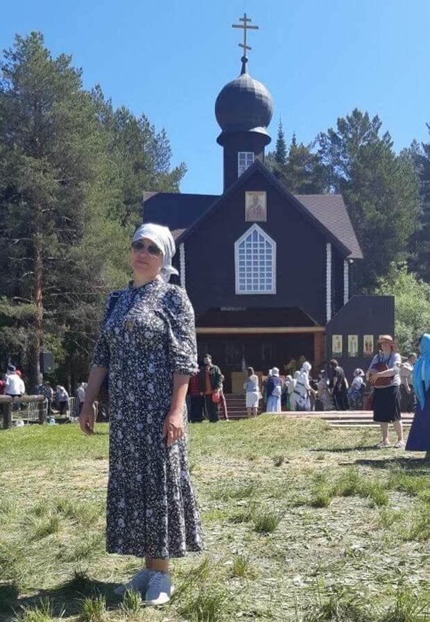 Жительница Молжаниновского прошла 150 километров до святыни и обратно
