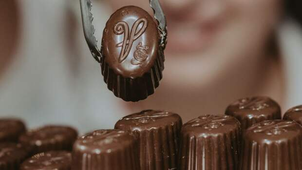 Врачи опровергли свойство молочного шоколада снижать давление