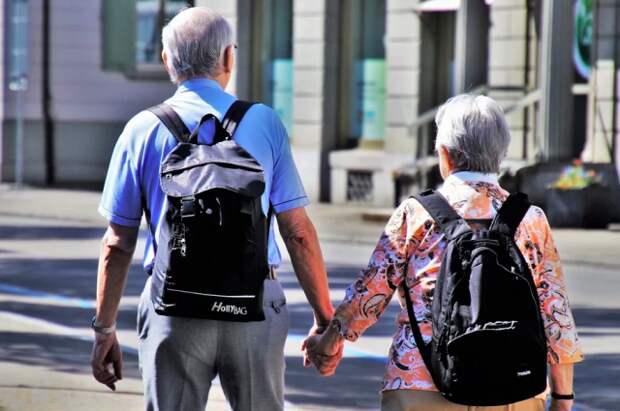 ВЦИОМ узнал, как проводят время российские пенсионеры