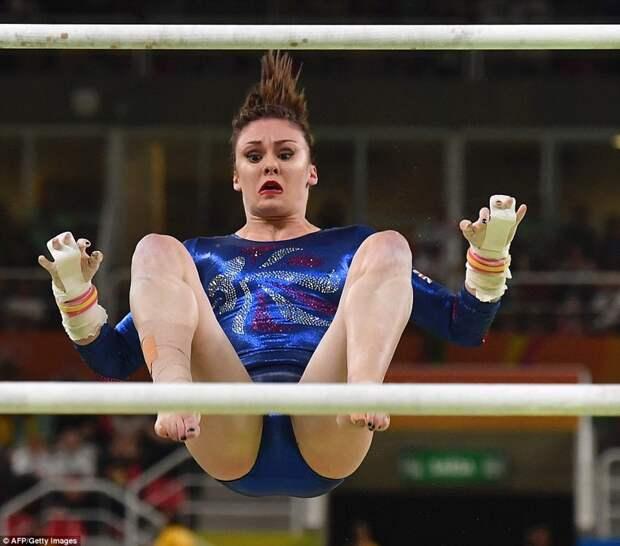 Забавные лица гимнастов в момент выступления