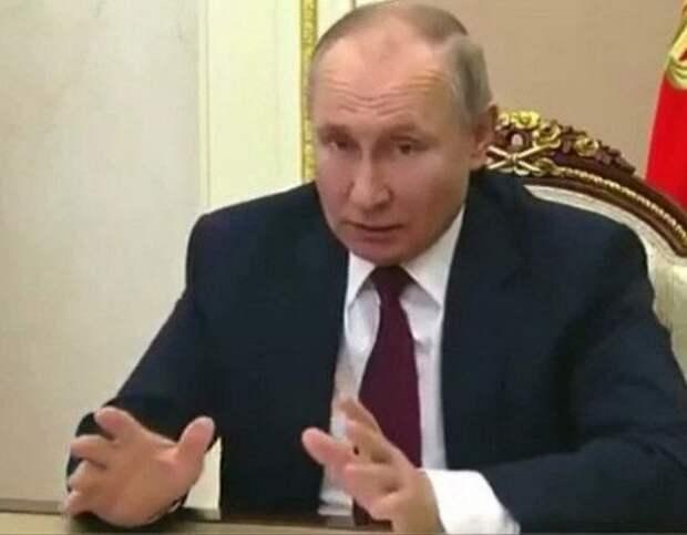 Владимир Путин подписал закон, который позволит ему еще дважды избраться главой государства
