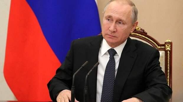 Путин призвал прекратить боевые действия в Карабахе