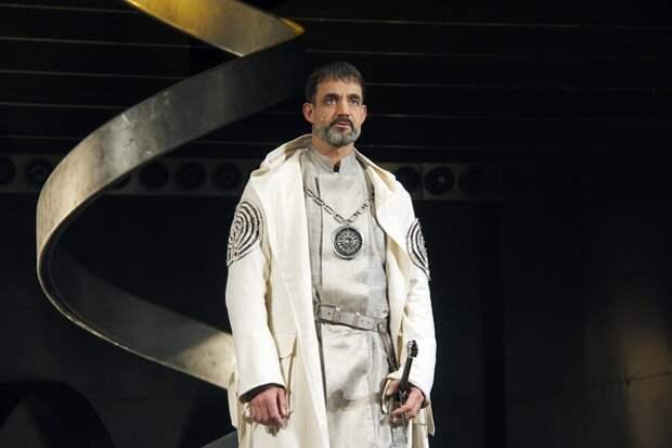 Актер Дмитрий Певцов заявил, что есть регионы, где половина мужчин просто не доживает до 65