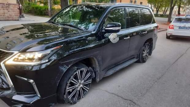 «Моя машина получила удар в бок»: что предшествовало ДТП с сенатором Королевым