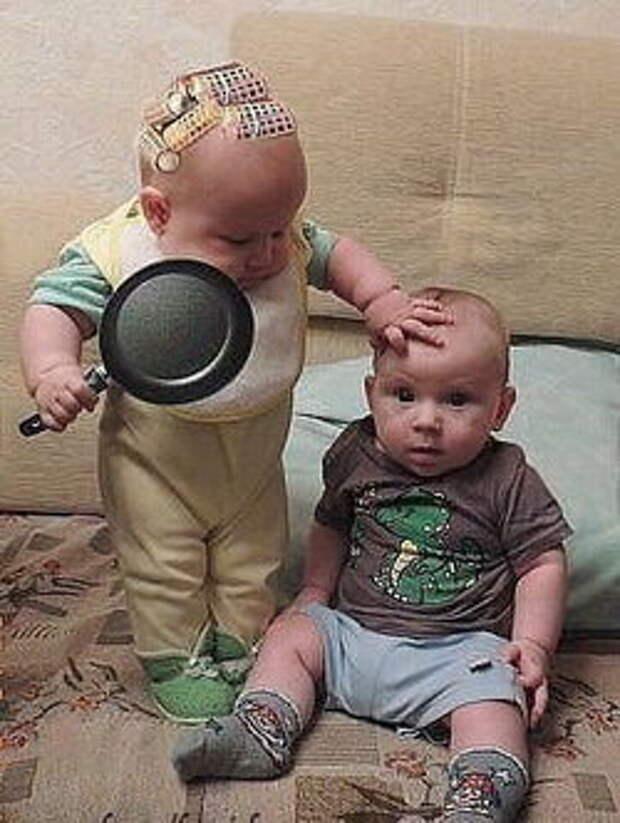 Бигуди и сковородка