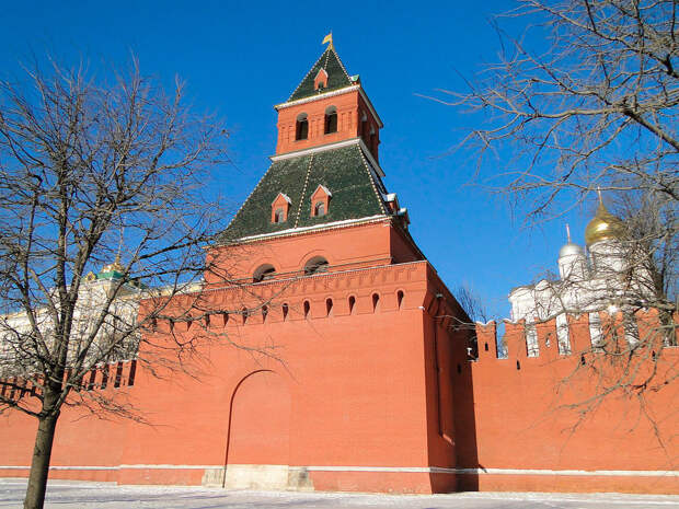 Что прячется под Кремлем?