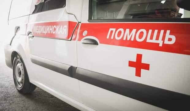«Скорая помощь» с пациентом попала в ДТП на плотине ГЭС в Волгограде