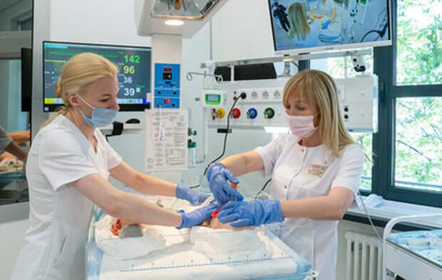 Собянин открыл городской Центр повышения квалификации и переподготовки врачей